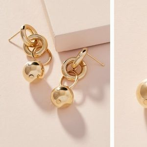 Shashi Daria hoop earrings NWT